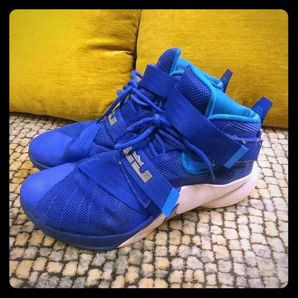 new product 9507b 25bb4 Lebron Soldier 9